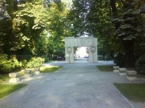poarta-sarutului-aleea-scaunelor_9c454420a799ca (3)